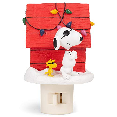 Roman 133782 Snoopy Joe Cool Night Light Christmas Doghouse, 4.25 inch, Multicolor