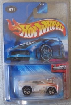 Hot Wheels 2004 First Editions Tooned Camaro z28 White 71/100 Kmart Day Exclusive