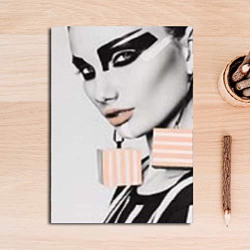 Preisvergleich Produktbild YIYINGSI Leinwand Gemälde An Der Wand Kunst Bilder Fashion Make-Up Girl Decorativeposters Druckt Wohnzimmer Home Wand Dekor,  60 X 90 cm.