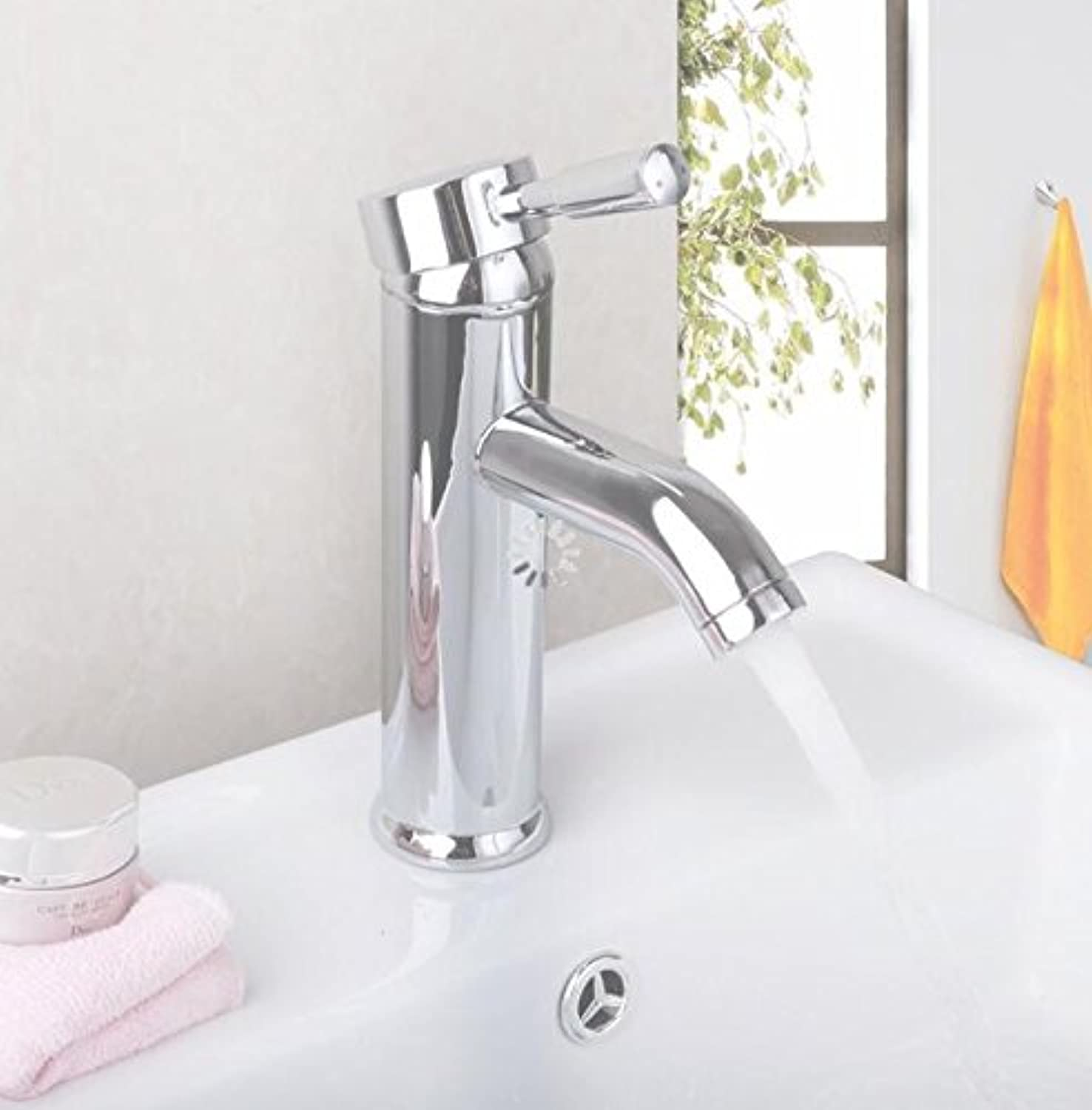Makej Chrome Plated Basin Faucet Single Handle Hot and Cold Water Bathroom Tap Kitchen Bathroom Faucet