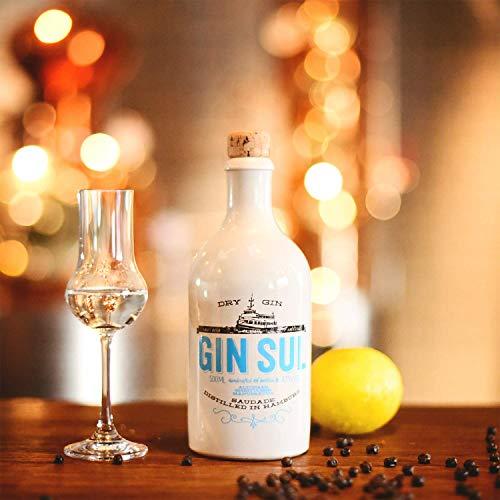 Gin Sul (1x0,5l) Original Dry Gin destilliert und abgefüllt in Hamburg, hochwertige weiße Tonflasche, zarte Aromen von wildem Wacholder und Zistrosen aus Portugal - 5