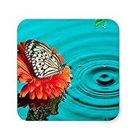 水のマウスパッドに花蝶