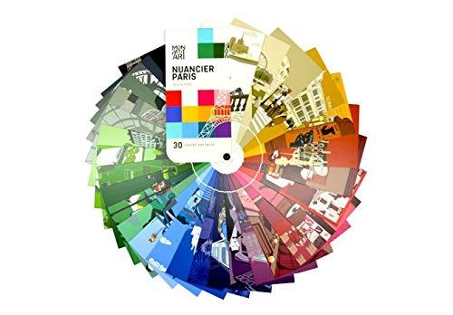 Set van 30 ansichtkaarten, motief: Parijs, in kleur gepresenteerd als een kleurenkaart.