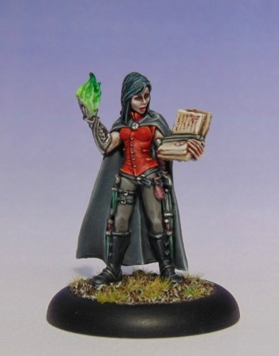 Reaper Nonalla Ellinad, Female Elf Wizard 03667 Miniatures 4