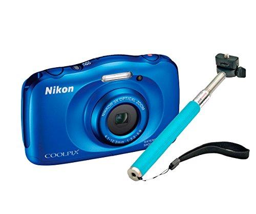 Nikon COOLPIX S33 + Selfie Stick - Cámara Digital compacta (13.2 MP, Zoom óptico de 3X y Pantalla de 2.7 Pulgadas), Azul