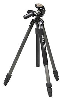中級機以上のデジタル一眼レフにも対応できる、安定性の高い28mmパイプ径の中型カーボン三脚 コストパフォーマンスを追求した、専用カーボンパイプを採用 対応する機材:フルサイズ一眼レフ+70-200mmF2.8クラス望遠レンズ 全高(脚を全て伸ばした高さ):179.5cm、EV下げ全高:147.5cm 縮長(持ち運び時の長さ):67.5cm、商品の重量:2,075g 2ハンドル3ウェイ雲台「エイブル300DX N」搭載