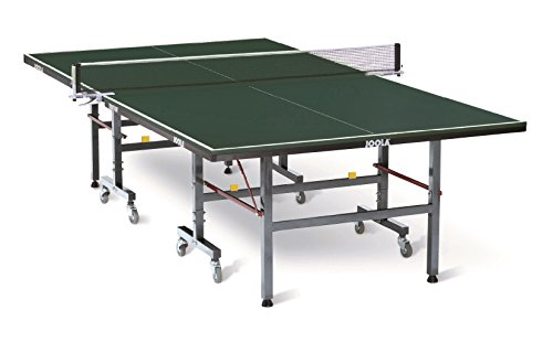 Photo de table-de-tennis-de-table-en-club-transport-indoor