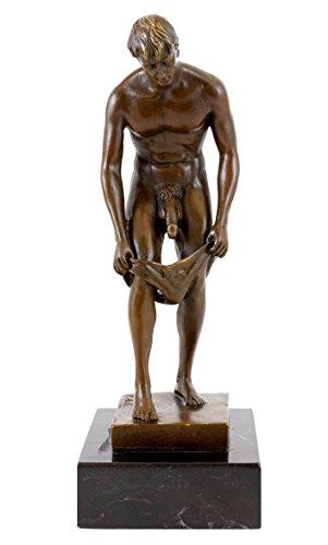 Kunst & Ambiente - Erotische Bronzefigur - Akt eines lüsternen Jünglings - signiert von M. Nick - Gay Skulptur - Männer Akt - Nackter Mann - Erotik