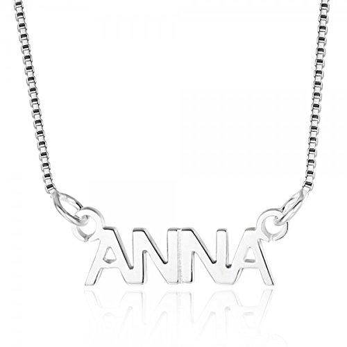 Namenskette aus Silber mit Blockschrift
