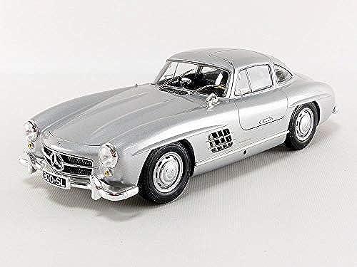 Minichamps 110037210 1 18 1955 Mercedes-Benz 300 SL (W198), Silber