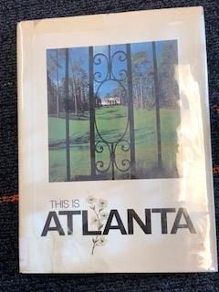 Hardcover This is Atlanta [German] Book