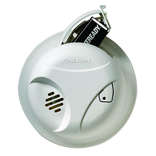 First Alert SA303CN Battery Powered Smoke Alarm with Silence Button (9v Battery Included)