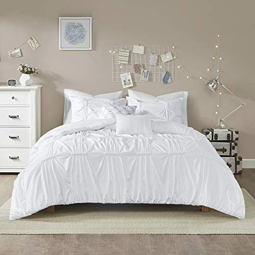 Intelligent Design Benny 4 Piece Metallic Elastic Embroidery Duvet Cover Teen Bedroom Bedding Sets, Twin/Twin XL, White