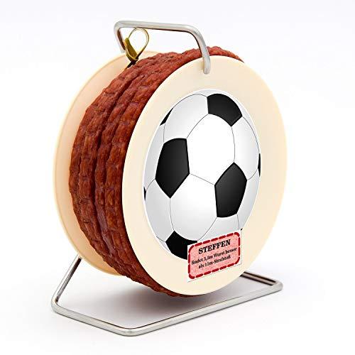 Geschenke 24 Salami Kabeltrommel Fußball mit Name personalisiert - originelle Salami Kabeltrommel mit 3,5 m Wurst nach Krakauer Art - Wursttrommel mit Namensaufdruck, personalisiert für Fußballfans