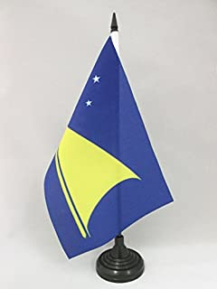 AZ FLAG Tokelau Table Flag 5'' x 8'' - New Zealand Desk Flag 21 x 14 cm - Black Plastic Stick and Base