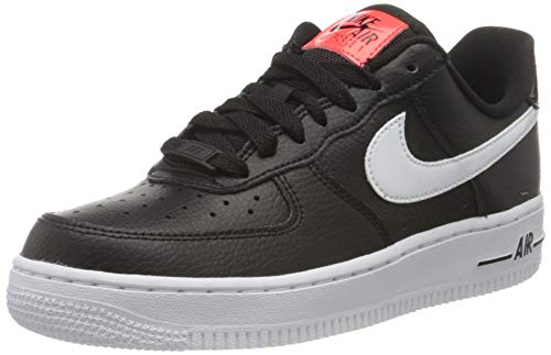 Nike Damen WMNS AIR Force 1 '07 SE Basketballschuh, Black White BRT Crimson Green Strike, 44.5 EU
