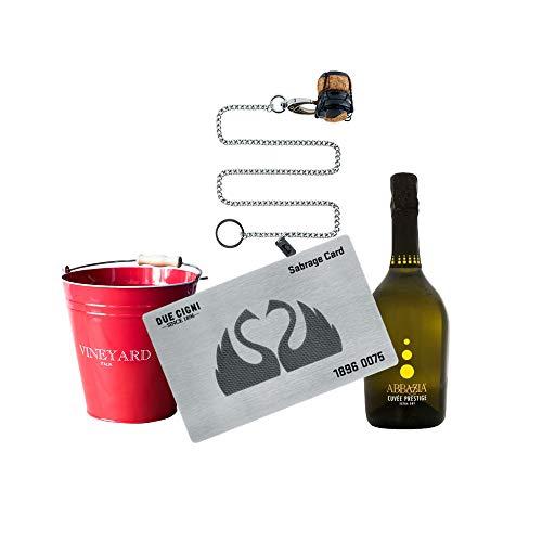YesEatIs by Due Cigni - Sommelier Kit mit Sabrage Card 1869 - Edelstahlkarte zum Öffnen von Champagner und Sekt + Prosecco Cuvée Prestige Abbazia + Roter Eiskübel