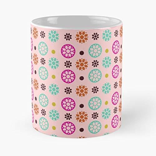 Patrón de ornamento floral redondo mandala fondo flor círculo mejor taza de café de cerámica de 11 oz