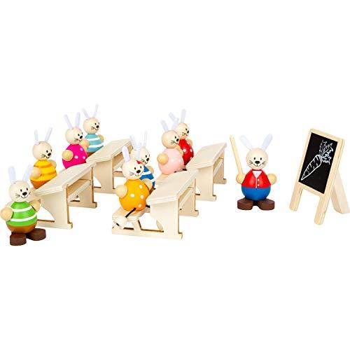 Small Foot 11315 Hasenschule Spielset aus Holz, FSC 100%-Zertifiziert, Deko für Ostern und Rollenspielzeug, ab 2 Jahren Spielzeug, Mehrfarbig