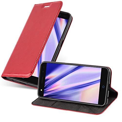 Cadorabo Hülle für ZTE Blade V7 - Hülle in Apfel ROT – Handyhülle mit Magnetverschluss, Standfunktion & Kartenfach - Case Cover Schutzhülle Etui Tasche Book Klapp Style