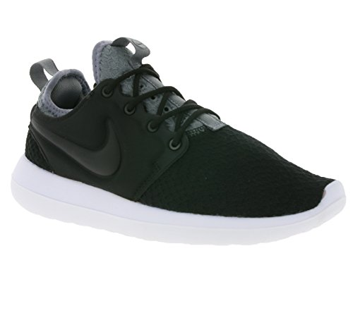 Nike Women's W Roshe Two Se Gymnastics Shoes, Black (Black/Black-Cool Grey-White 001), 3UK