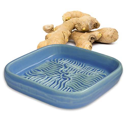 ANCKERAMIC® Ceramico Reibe – Muskatreibe, Ingwerreibe, Parmesanreibe aus Keramik, Handarbeit mit Design aus Finnland, (Hellblau)