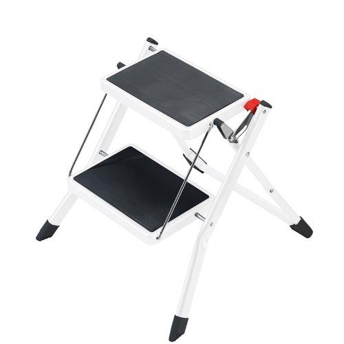 Hailo MK60 Mini Stahl-Trittleiter | 2 große Stufen mit Anti-Rutsch-Matten bis 150kg | Klappsicherung mit Entriegelungstaste | Tragegriff | Klapptrittleiter rostfrei und einfach zu verstauen | weiß