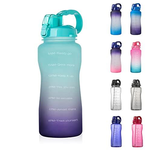 QAZW Botella de Agua con Marcador de Tiempo Motivacional de Medio Galón / 64 Oz con Pajita, Antideslizante Libre de BPA a Prueba de Fugas para Fitness,Green/Purple-64OZ/2000ml