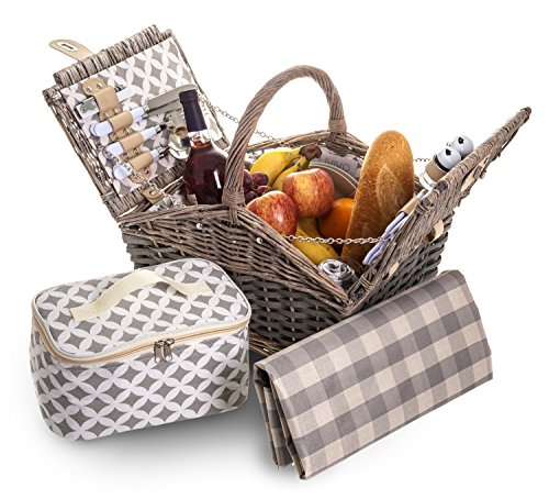 Fineway Traditional Willow Picnic Basket