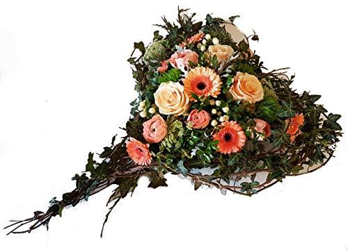 Trauergesteck in Herz Form mit frischen Blumen -Von Herzen kommend- Grabgesteck Herz