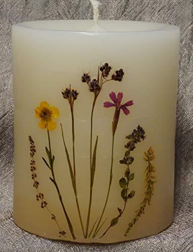 Kerze gestaltet mit echten Blumen und Gräsern, schön durchleuchtend mit langer Brenndauer. Höhe 12cm Frühlingsdeko, Runde Kerzen, Muttertag, Geburtstag, Vatertag, Geschenk, Advent, Weihnachtsgeschenk