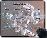 Almohadillas de Calendario Flying Pig Man 2019 Alfombrilla de ratón Space Astronaut Starry Sky Gaming 30 * 25 * 0.3 cm con Bordes cosidos para el hogar y la Oficina Antideslizante