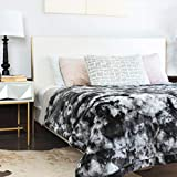 Faux Fur 100% Oeko-Tex Certified Luxuriously Warm Weighted Blanket -Elevate Your Home   Get Better Rest   (60'x80', 20 lb)   for Décor on Sofa, Bed, Living Room, Anywhere