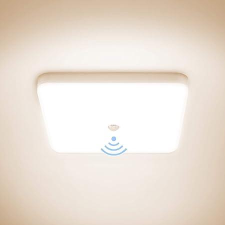 Combuh Plafonnier LED avec Détecteur de Mouvement 30W Étanche IP56 2400LM Blanc Naturel 4000K Carré Lampe de Plafond pour Extérieur, Salle de Bain, Couloir, Balcon, Garage, Cuisine Ø25CM