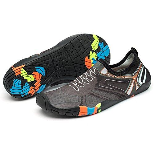 Homme Femme Chaussures d'eau de Confortable Sport Eté Aquatique Séchage Rapide Plage Surf Yoga Chaussons de Nager Aqua Léger Water Shoes GrayA45