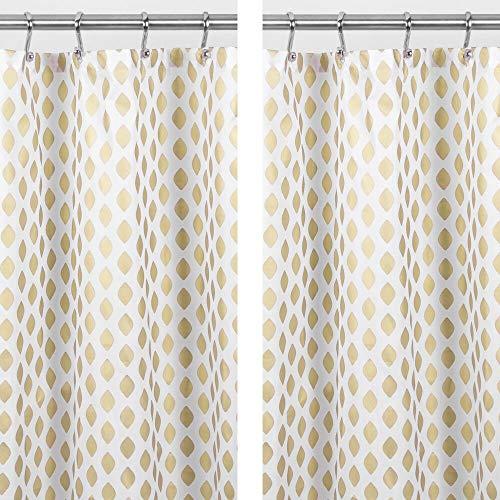 MDESIGN Duschvorhang aus Polyester – pflegeleichter Vorhang für Dusche oder Badewanne – waschbarer Badewannenvorhang mit verstärkten Löchern zur Aufhängung – 2er-Set – Gold/weiß