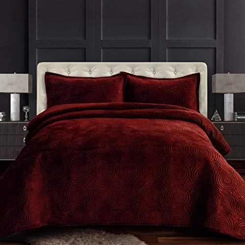 Tribeca Living CAPRIQUIQUBU Velvet Oversized Quilt Set, Queen, Burgundy
