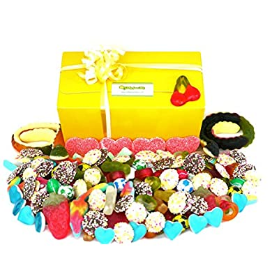 pick and mix bestselling sweets - 1 kilo in presentation selection box. fizzy sweets, jelly sweets and chocolate, handpacked to order Pick and Mix Bestselling Sweets – 1 Kilo in Presentation Selection Box. Fizzy Sweets, Jelly Sweets and Chocolate… 51 9Qu21JdL