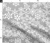 Spoonflower Stoff - Schneeflocken Grau Sterne Winter
