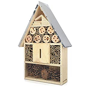 Navaris XL Wooden Insect Hotel - 23 x 40 x 7 cm - Natural Wood Insect Home - Garden Shelter Bamboo Nesting Habitat - Bees Butterflies Ladybugs Insects by KW-Commerce
