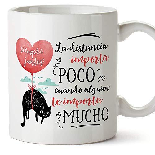 MUGFFINS Taza San Valentín (Te quiero) - Distancia importa poco - Regalos Originales y Divertidos de Aniversario para Novios, Enamorados, Pareja.