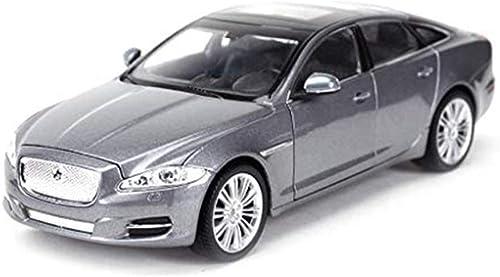 Auto Modell Spielzeug, 1 24 Modell Legierung Modell Kinder Metalldruckguss Spielzeugauto Geschenk Dekoration Skala Modell Simulation Auto (farbe  Silber)