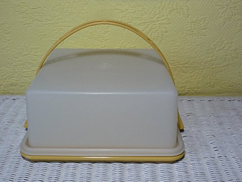Vintage SQUARE TUPPERWARE Cake or Pie Taker with CARRY HANDLE