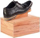 infactory Schuhputzbox: Luxus Schuhputzkasten aus Zedernholz mit Fußstütze (Schuhputz-Kiste) - 2