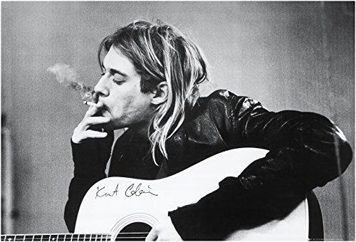 Empire 30559 Kurt Cobain - Póster de Kurt Cobain con cigarro (91,5 x 61 cm)