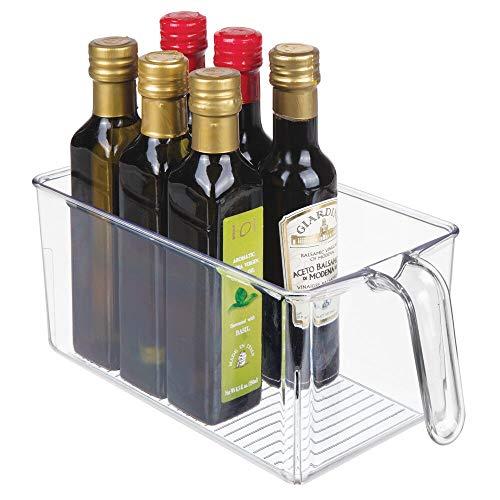 mDesign Caja de almacenamiento de plástico – Ideal para el almacenaje en la cocina, el armario o como organizador de frigorífico – Caja organizadora abierta con asa incorporada – transparente