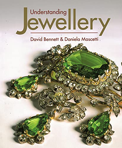 Compare Textbook Prices for Understanding Jewellery  ISBN 9781788841368 by Bennett, David,Mascetti, Daniela
