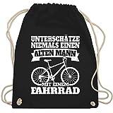 Shirtracer Fahrrad Bekleidung Radsport - Unterschätze niemals einen alten Mann mit einem Fahrrad - weiß - Unisize - Schwarz - Spruch - WM110 - Turnbeutel und Stoffbeutel aus Baumwolle