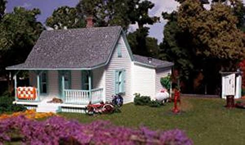 Woodland Scenics HO Scale Pre-Fab Landmark Structures Kit Country Cottage by Woodland Scenics