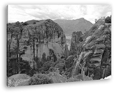 deyoli atemberaubende Meteora Landschaft in Griechenland Effekt: Schwarz/Weiß im Format: 100x70 als Leinwandbild, Motiv auf Echtholzrahmen, Hochwertiger Digitaldruck mit Rahmen, Kein Poster